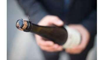 Corta cápsulas: accesorios de regalo para los amantes del vino