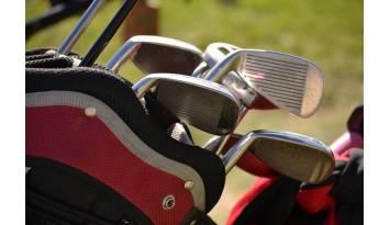 Características imprescindibles para elegir la mejor mochila de golf