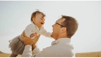 Sacar a pasear al bebé fortalece su sistema inmunológico